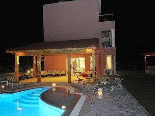 Villa Sephora with heated pool