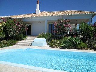 Beautiful villa sleeps 8 (4 bed). Private pool & stunning panoramic ocean views