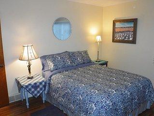 Very Comfortable Home On Quiet Street On Mt. Sequoyah