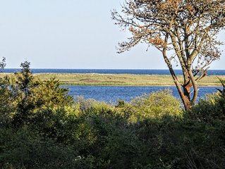 Waterview Beach House with Private Beach on Chilmark Pond