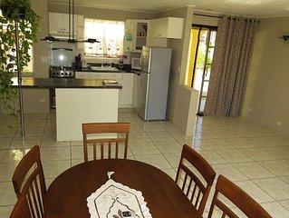 Cozy Home Nice 2 Bedr 2 Bath House