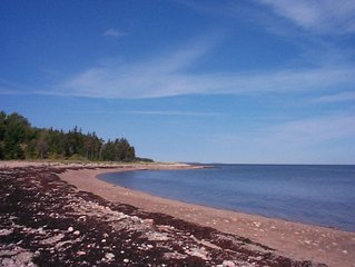 Fabulous Secluded Farmhouse -Bras D'or Lakes/OceanView/Private Beach