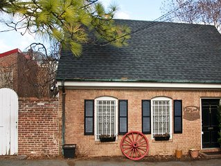 Carriage House - Old Towne Alexandria