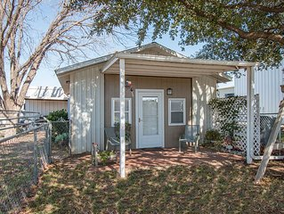 Cozy Fully Accommodated 1 Bedroom Cottage