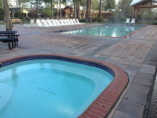 7TH MTN RESORT, BEND, OR, CLOSEST RESORT TO MT BACHELOR/ LAKES, PET FRIENDLY.