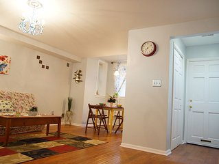 Nice Apartment , 5 Min. Walking From Union Station ,location !location!location!