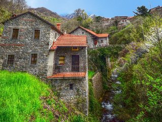 Casa Amato at Casa Ruscello. 1 Bedroom self contained apartment on a stream.