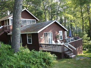 Charming waterfront cottage on beautiful Linekin Bay