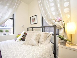 *ODYSSEY*  Beautiful One Bedroom Apartment in Townhouse - Bright & Sunny!