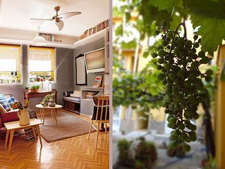Architect's Headquarter With Green Patio And Free Tour. 3 nights for price of 2!