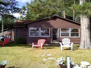 Family Friendly Cottage On Black Lake nestled in Hangore Bay