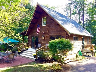 Log Home In Winnipesaukee Colony Club - Steps To The Big Lake!