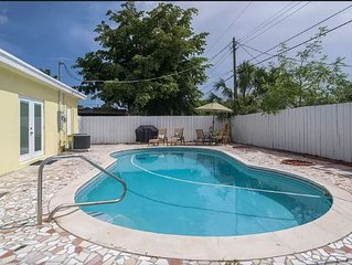 LARGE 5 Bedroom POOL HOME IN HOLLYWOOD WOW!!! plus POOL and more