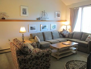 Ski / Snowboarding Condo  At Killington Mt.  2 Miles From Base