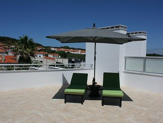 SPLENDID NEW HOLIDAY APARTMENT FOR RENT IN THE BAY OF SAO MARTINHO DO PORTO