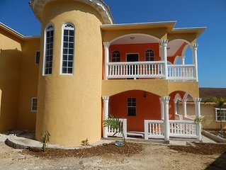 Montego Bay Vacation Home A Lovely Retreat Especially For Families And Groups