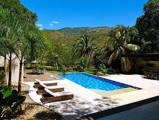 Spectacular 6 Bedroom Tropical Private Villa - Sleeps 20