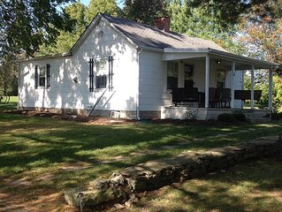 Charming Cottage Home On A Farm In The Kentucky Horse Country!  Relax!