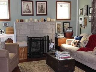 Charming and Cozy 2Bd Bungalow