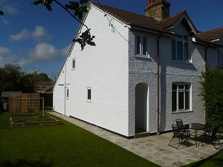 Apple Tree Cottage in Acle, The Gateway To The Norfolk Broads