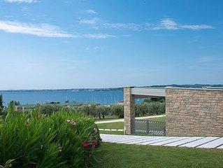 Relais Rosa dei Venti: 1 bedroom elegance, 2 pools, lake view, new 2015!