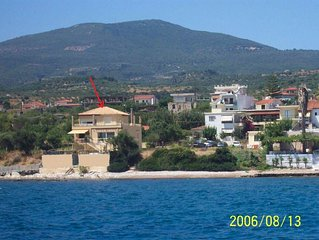 Villa on the sea - Top Floor Apartment. Relax on veranda, watch & hear the sea.