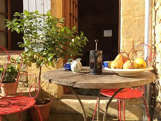 Luxury Apartment 'Just For Two' In Authentic Hilltop French Village