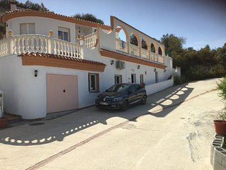 4 bed Villa & Apartment, pool, 4 bedrooms, 1 ensuite, 2 bathrooms, air con,