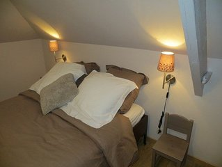 Cozy nest, lodging 3 ears, air conditioning, in the historic center of Tournai.