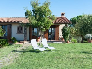 CHARMING DETACHED VILLA WITH A LARGE GARDEN AND 360° STUNNING VIEWS
