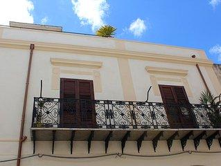 Palazzo TAORMINA   casa vacanza castellammare del golfo