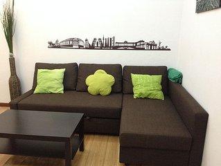 Bonito apartamento para 4 en barrio Salamanca. WIFI