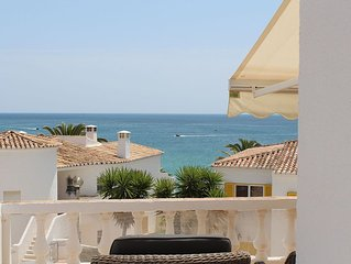 House with a fantastic sea views and just 3 min. walk from the sandy beach