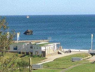 Black Rock Beach Resort, Millendreath - peaceful location, private beach