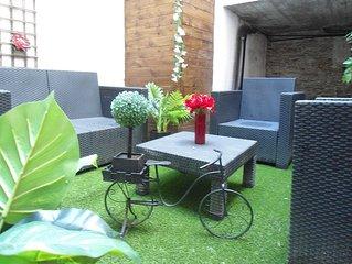ATYPIQUE : appart-jardin douillet, hyper centre, chateau, gare TGV
