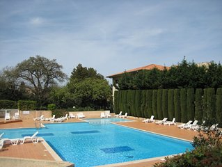 Pretty refurbished apartment with pool in the heart of St Tropez