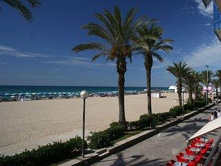 APARTAMENTO A 50 mts de la  playa + WIFI gratuito.