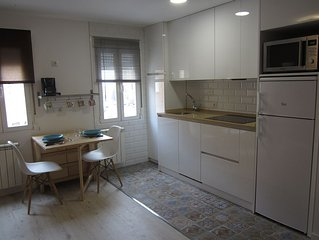 Vivienda de uso turísico en el centro de Burgos, cómodo y coqueto.