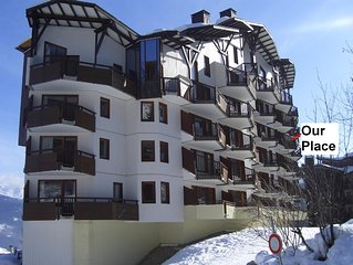Ski in/out la Tania apartment with south facing balcony