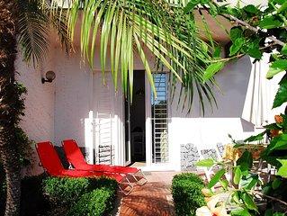 Casa Vacanze 'Stella Marina', intero appartamento con giardino a 200 mt dal mare