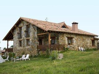 Cottage in the Sierra de Gredos. 3 double bedroom