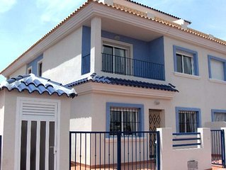 Beautiful villa in Los Alcazares with swimming pool close to the beach