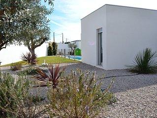 Casa con 3 dormitorios y piscina privada agradable para ninos