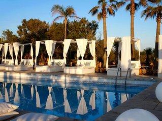Junior Suite con terraza , en Hotel rural con vista al mar e isla de Cabrera