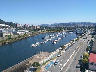 Ático en Pontevedra, buena situación, próximo a las  playas de las Rias Baixas.