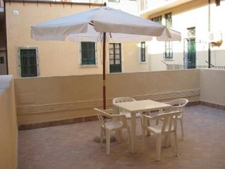 Alle porte di Ortigia, accogliente monolocale in palazzo storico