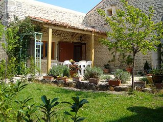 Family  friendly house  near  the beaches and historic town of La Rochelle