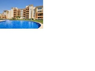 Spacious Apartment-Huge Terraces-Communal Pool-Short walk to beaches