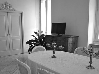 charming apartment in Brera in Milan. historic and charming building.