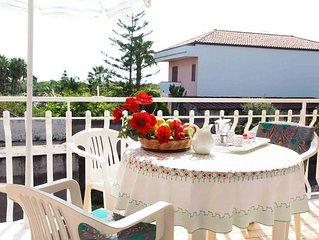 Tra Acireale e Taormina- Appartamento con ampio terrazzo e splendida vista mare